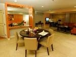 Linden Suites Hotel Manila Kitchenette and Dining Area