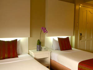 preview Orchid Garden Suites Manila Hotel twin room