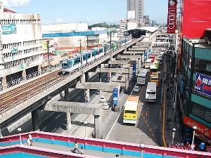 hotels Manila connect MRT near MRT station
