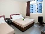 Fragrance Hotel Sapphire Singapore Geylang family room