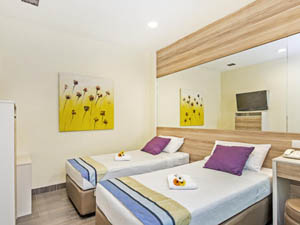 preview Hotel 81 Dickson Singapore Little India superior twin room