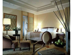 preview The Fullerton Hotel Singapore Marina Bay Straits Club Courtyard double room