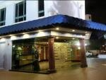 Hotel 81 Orchid Singapore Geylang entrance