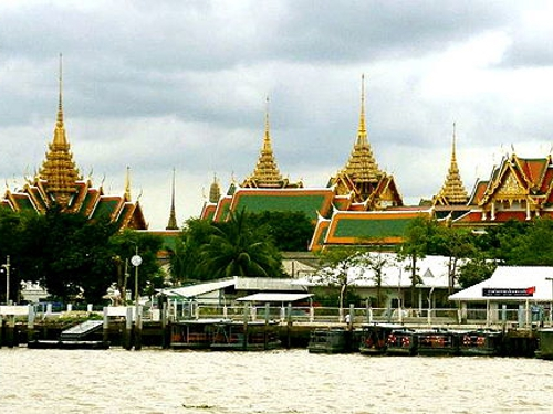 Grand Palace Bangkok Chao Phraya River