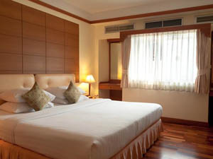 preview Silom City Hotel Bangkok deluxe plus double room