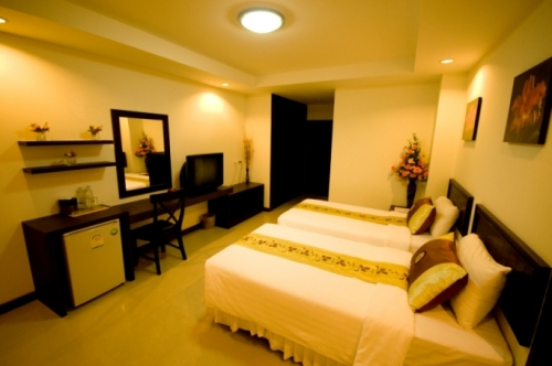 rooms at cheap hotel - Sinsuvarn Airport Suite